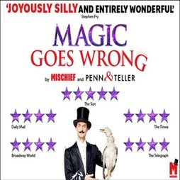 Magic Goes Wrong   Vaudeville Theatre London     Sat 22nd January 2022 Lineup